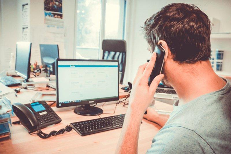 formación telefónica personalizada para equipo famileo